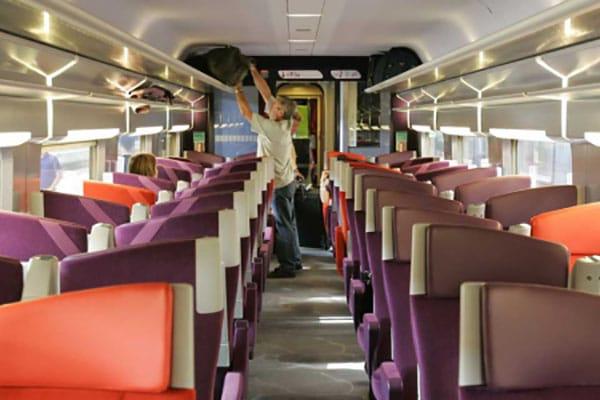 Profilés plastique extrudés pour trains SNCF