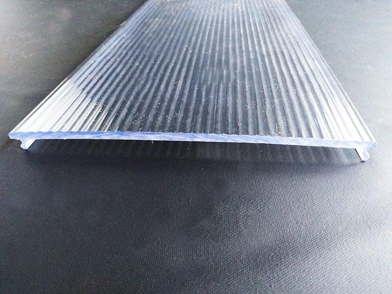 Fabrication de profilé plastique extrudé rigide